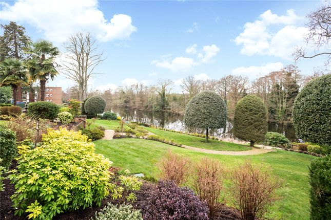 Picture No. 21 of Broadwater Place, Weybridge, Surrey KT13