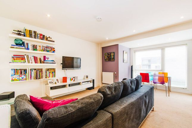 2 bed flat for sale in Drinkwater Road, South Harrow