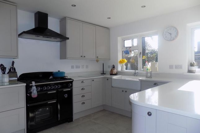 Thumbnail Detached house to rent in Penns Wood, Farnborough, Hampshire