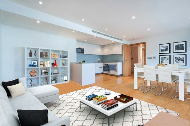 Thumbnail Flat for sale in Hyde Park Square, London