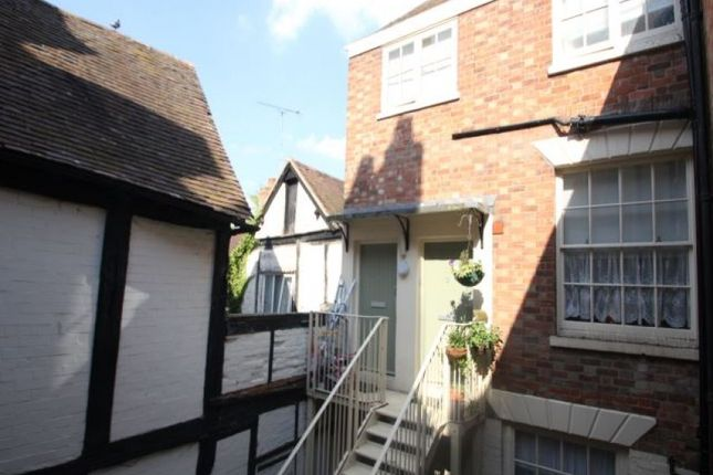 Thumbnail Flat to rent in High Street, Tewkesbury, Gloucestershire