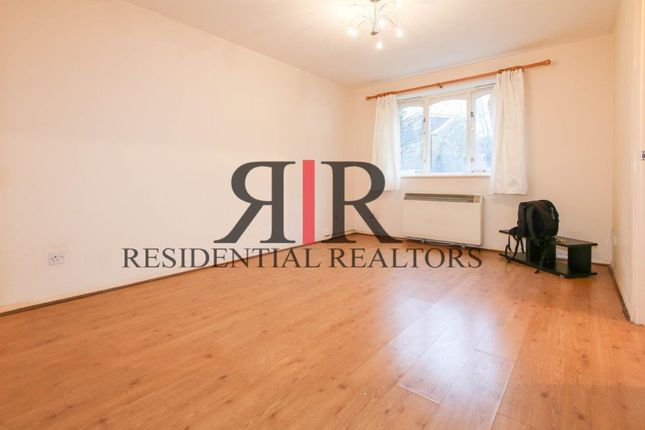 1 bed terraced house to rent in Longfellow Way, London SE1