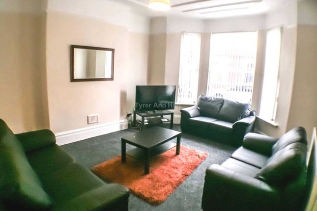 Thumbnail Shared accommodation to rent in Ampthill Road, Aigburth, Liverpool