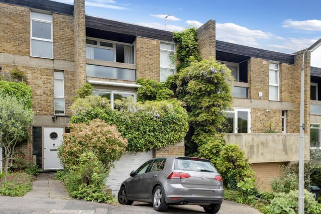 Thumbnail Town house for sale in Kingsley Place, Highgate