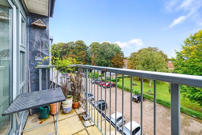 1 bed flat for sale in Chestnut Road, Charlton Down DT2