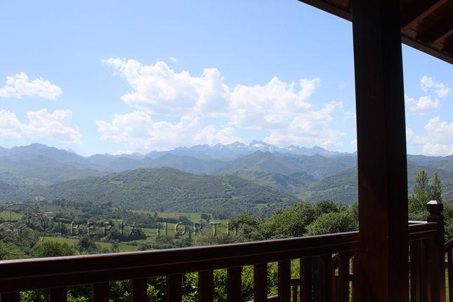 Covered Balcony of Beceña, Cangas De Onís, Asturias, Spain
