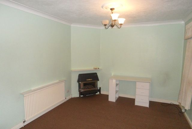 Thumbnail Terraced house to rent in New Road, Bedfont, Feltham