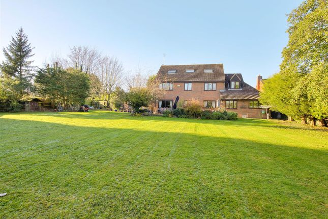 Thumbnail Detached house for sale in Applebarn Close, Collingtree, Northampton