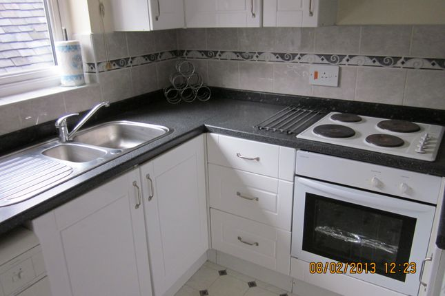Thumbnail Flat to rent in High Street, Cheadle