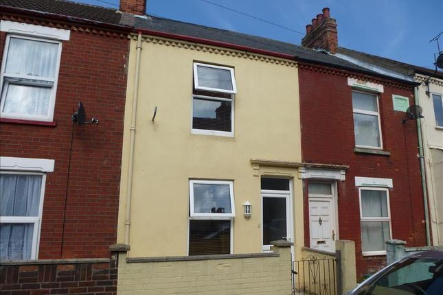 Thumbnail Terraced house to rent in Century Road, Great Yarmouth
