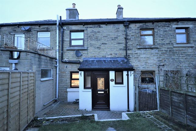 Thumbnail Terraced house to rent in Commercial Road, Skelmanthorpe, Huddersfield, West Yorkshire