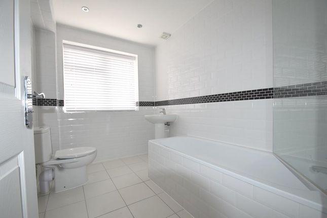 Bathroom of Arden Close, Hayes UB4