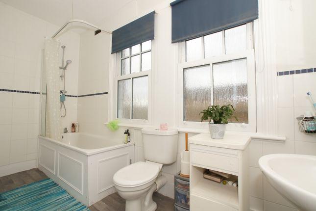 Bathroom of Queenstown Road, Battersea SW8