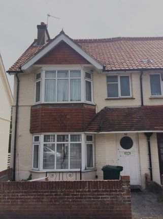 Thumbnail Terraced house to rent in Hollingdean Terrace, Brighton