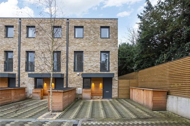 Thumbnail Terraced house for sale in Beatrice Place, London