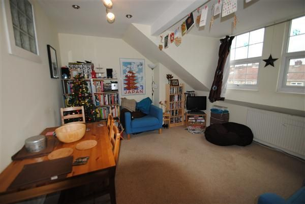 Thumbnail Flat to rent in Chesterfield Road, St. Andrews, Bristol