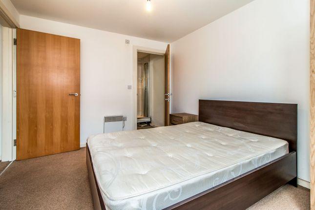 Bedroom of Elmira Way, Salford M5