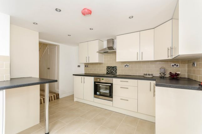 4 bed property to rent in Padwell Road, Southampton SO14