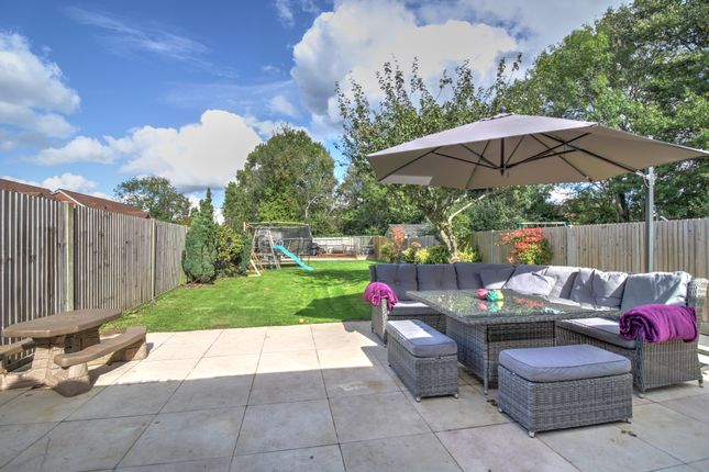 Thumbnail Semi-detached house for sale in Truggers, Handcross, Haywards Heath