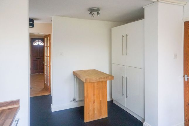 Kitchen of Russell Row, Hull HU11