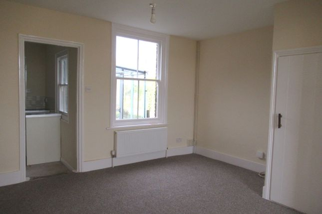Sitting Room of Pleasant View, Perry Lane CT3