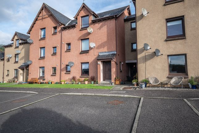 2 bed flat for sale in Craigard Road, Callander FK17