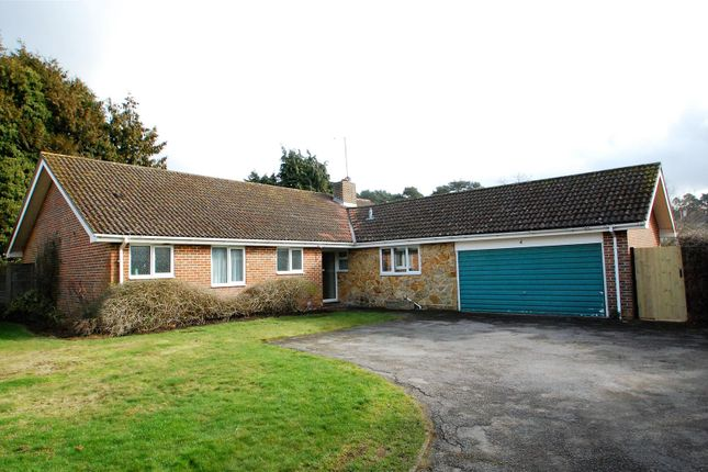 Thumbnail Detached house to rent in Forest Corner, Liss