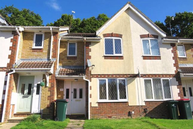 Thumbnail Property to rent in Golding Close, Maidenbower, Crawley