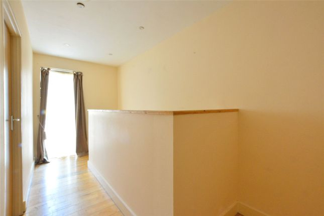 Picture No. 10 of Angel Court, 11 Loampit Hill, London SE13