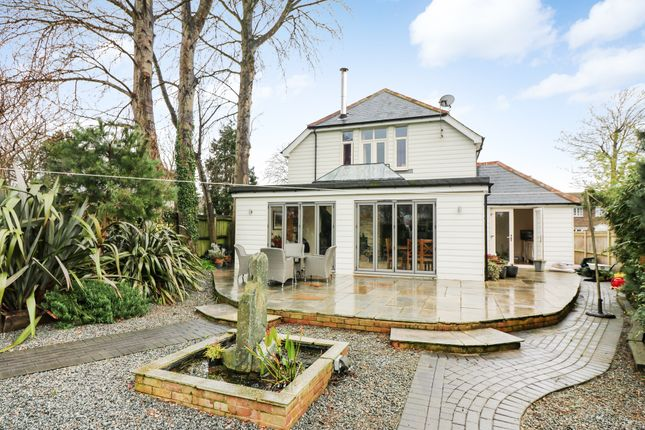Thumbnail Detached house to rent in Liverpool Road, Walmer, Deal