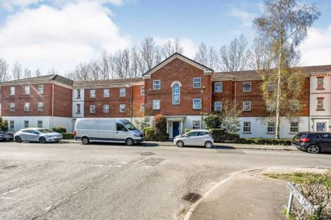 2 bed flat to rent in Aveling Drive, Banks, Southport PR9