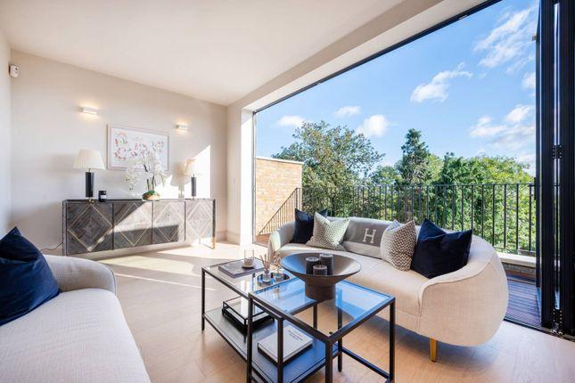 5 bed property for sale in Oak View, Honor Oak Park, London SE23