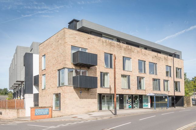 Flat for sale in Cemetery Road, Sheffield