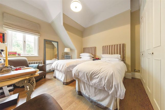 Second Bedroom of Prince Of Wales Drive, London SW11