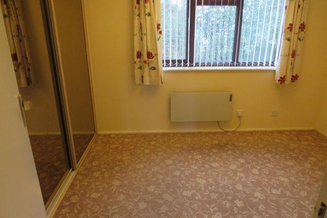 Bedroom of Garratt Close, Oldbury B68