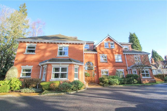 Thumbnail Flat for sale in Crawley Hill, Camberley, Surrey