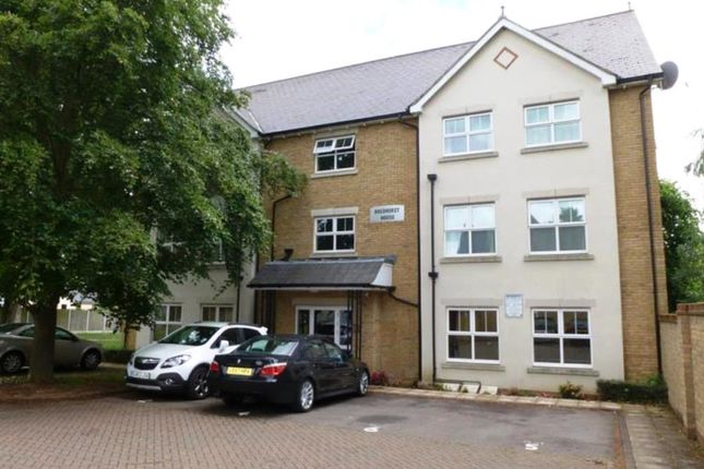 Thumbnail Flat to rent in Parsley Way, Maidstone