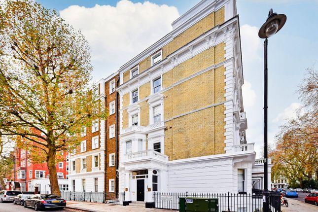 Picture No. 28 of Collingham Road, South Kensington, London SW5