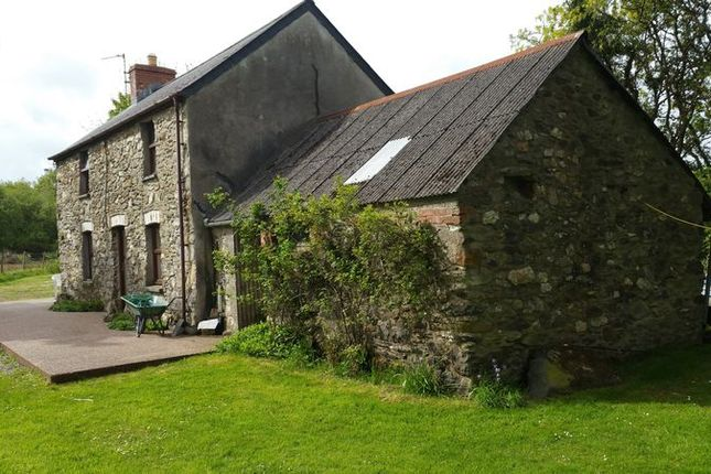 Thumbnail Detached house to rent in Eglwyswrw, Crymych