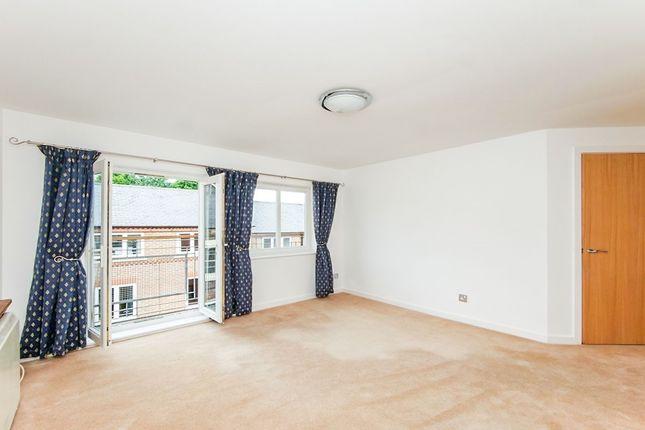2 bed flat to rent in Fetter Lane, York YO1
