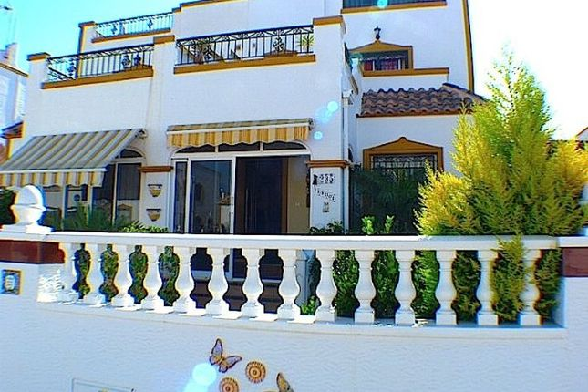 3 bed town house for sale in Entre Naranjos, Costa Blanca South, Spain