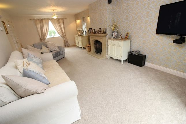 Lounge of Bank Cottages, Nettlestead Green ME18