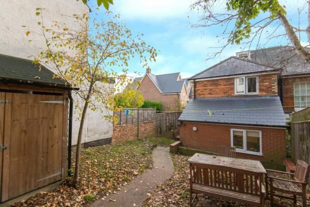 Thumbnail Semi-detached house to rent in Staurt Road, High Wycombe