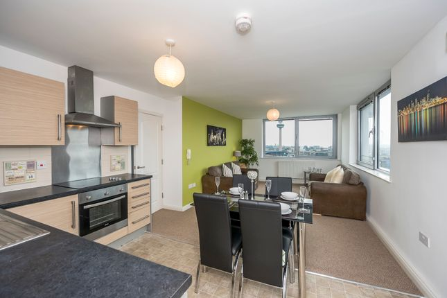 3 bedroom flat for sale in Lace Street, Liverpool