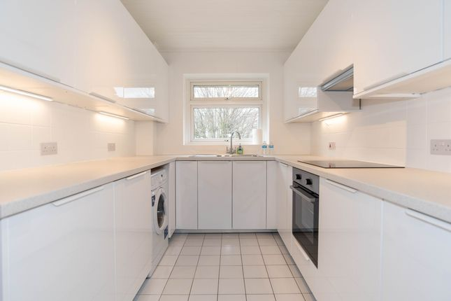 Thumbnail Flat to rent in Beaconsfield Court, Beaconsfield Road, London
