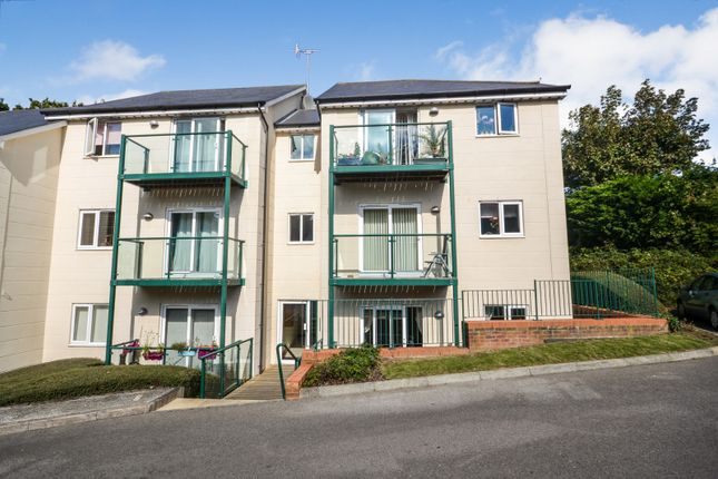 Thumbnail Flat to rent in Stone Court, Gillsmans Hill, St Leonards On Sea