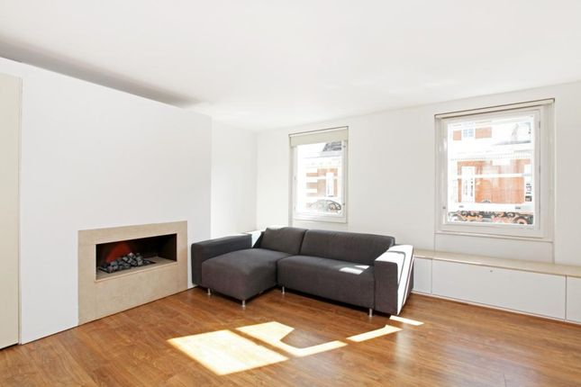 1 bed flat to rent in Bedford Street, London