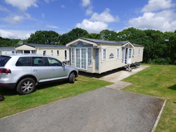 Front Views of Thorness Bay Holiday Park, Cowes, Isle Of Wight PO31