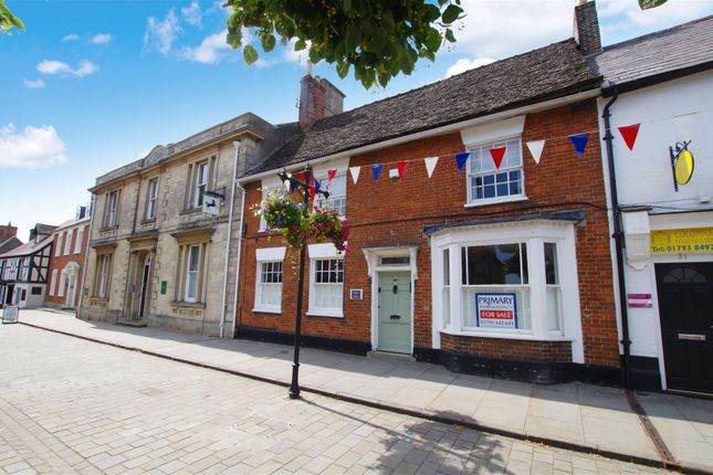 Thumbnail Town house for sale in High Street, Royal Wootton Bassett, Swindon