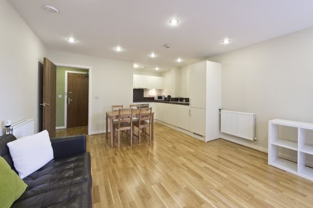 Thumbnail Flat to rent in Townshend House, Rosemont Road, Acton, London
